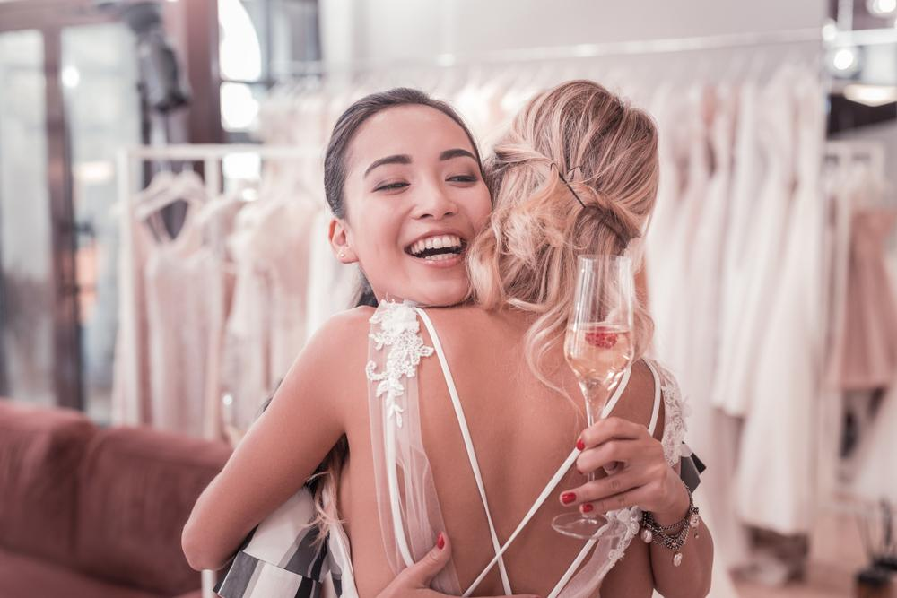 Pre-Wedding Stress: How to Tell Your Friend About It (Without Stressing Her Out, Too!)